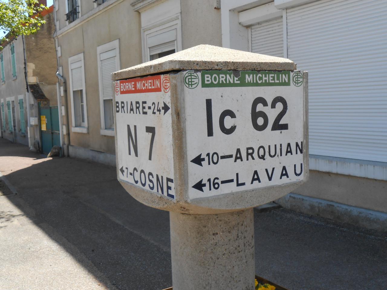 58440 La Celle sur Loire (2)