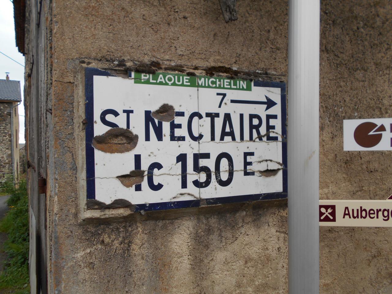 63 710 Les Arnats (2)