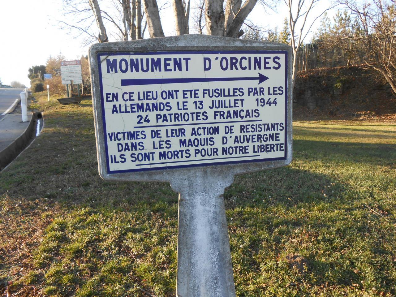 63970 Orcines Monument des Fusillés,  (1)